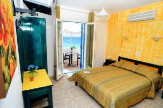 accommodation deep blue sea view room